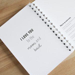 Baby's eerst jaar boek invulboek FSHappiness mijlpalen