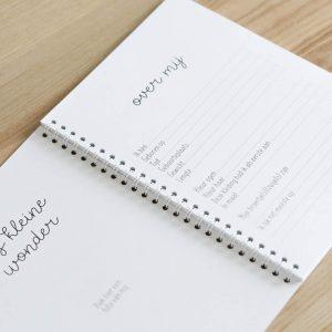 Kraambezoekboek FSHappiness achterkant